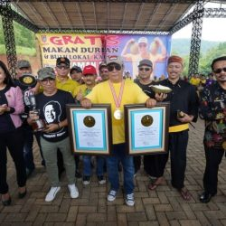 PECAHKAN Rekor dengan 43 Buah, Dua Penghargaan Sekaligus Diraih di Kontes Durian