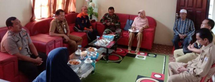 DARI dokter, Pengurus Masjid dan Tokoh Masyarakat Berkumpul Bersama Kapolsek Anjir Muara