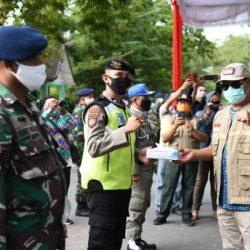 BERSAMA Pemprov, Polda,  Korem Petugas Gabungan Sisir Sejumlah Pasar di Banjarmasin