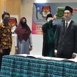 TAUFQQURAKHMAN PAW Gusti Makmur Resmi Dilantik Jadi Anggota KPU