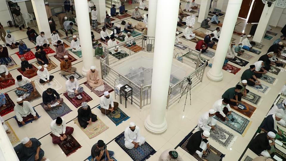 WALIKOTA IBNU Shalat Idul Adha di Masjid Arafah
