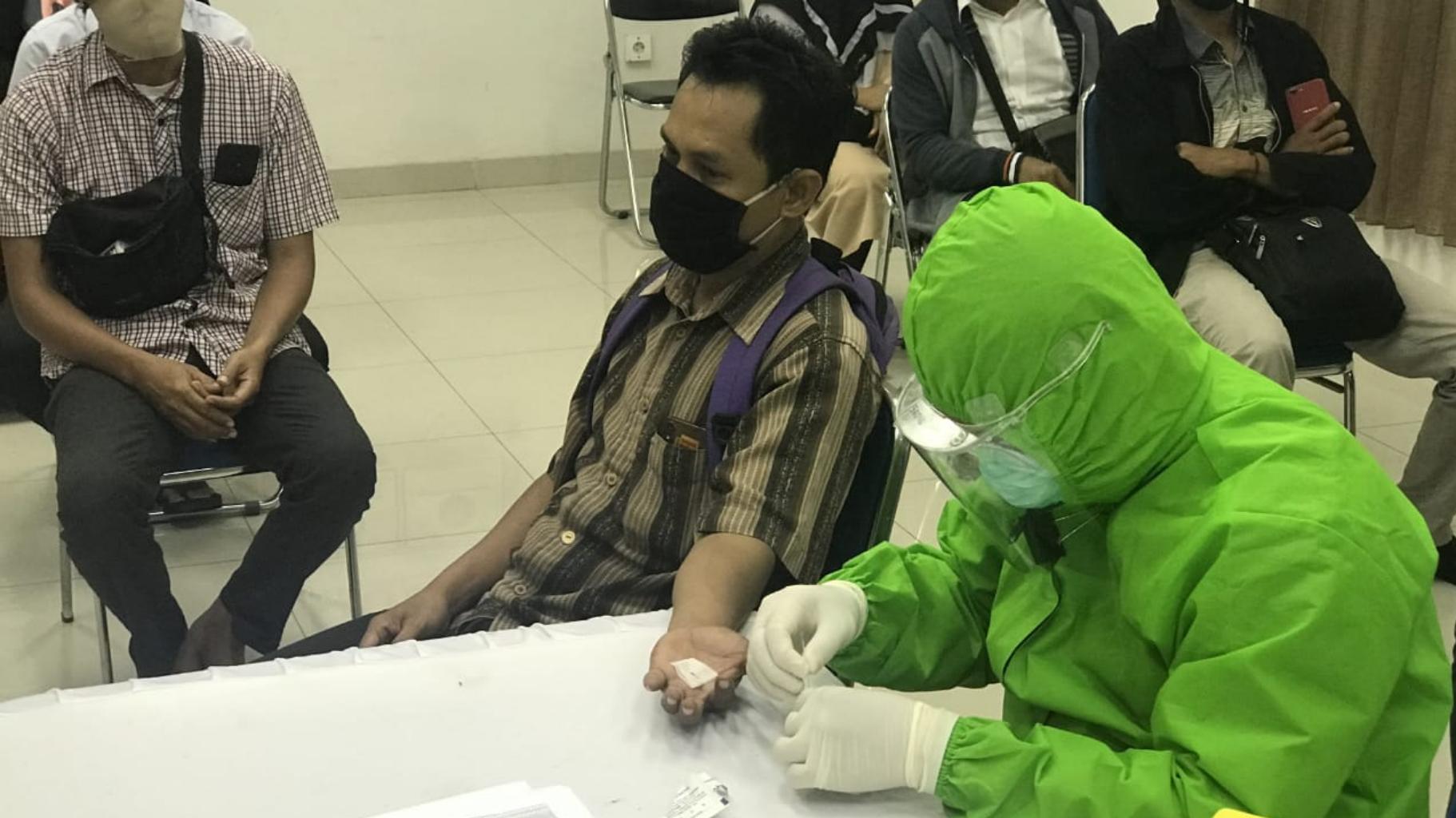 REKOR TERTINGGI Tambah 3.003 Kasus Positif COVID-19 di Indonesia, Kalsel 68