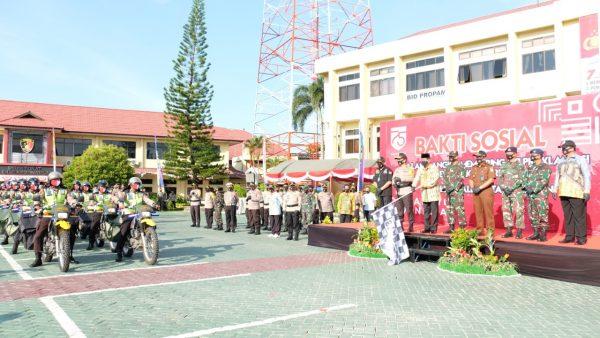 SEMANGAT MENOLONG Polda Kalsel Bantu Warga 1 Juta Masker dan 1.000 Paket Sembako Berkaitan Proklamasi RI ke-75