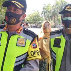 JAGA KLASTER PERKANTORAN Kapolresta Banjarmasin Mengigatkan Perketat Prokes dan Sediakan Bilik Disinfektan
