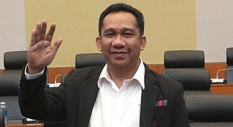 BERPELUANG Besar Hj Ananda, Disebut Pengamat Politik, Rebut Hati Masyarakat
