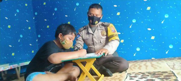 KEDIAMAN Seorang Polisi di Berangas Batola Dijadikan Rumah Baca