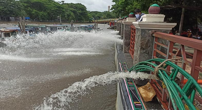 SEDOT Sungai Kuripan, Puluhan Armada BPK Jalankan Pompanisasi