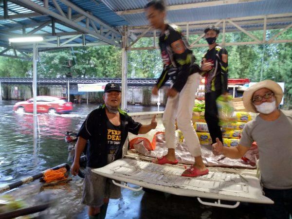 KTC FIRE Banjarmasin Turut Bergerak Bantu Korban Banjir