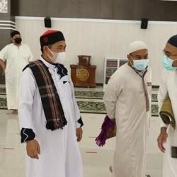 JADI KHATIB di Masjid Ar-Rahman, Wali Kota Ajak Warga untuk Taubat dan Sedekah