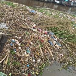 KINI GILIRAN Pampangan yang Penuhi Sungai Martapura, Usai Banjir Mulai Surut