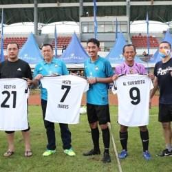 TIGA KEPALA DAERAH Ramaikan Turnamen Sepak Bola Bank Kalsel Trofeo Cup