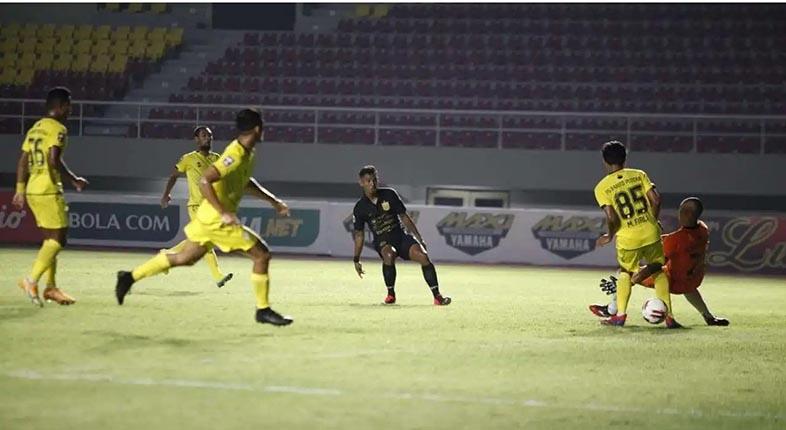 AREMA FC Waspadai Pemain Muda Barito Putera