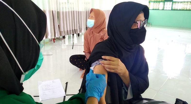 GEGARA HOAKS, Capaian Vaksinasi Lansia di Banjarmasin Rendah