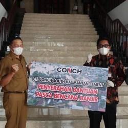 PEMULIHAN Pasca Banjir, Pemko Banjarmasin Terima 300 Sak Semen dari PT Conch
