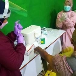 RATUSAN GURU Disuntik Vaksin Covid-19, Persiapan Pembelajaran Tatap Muka