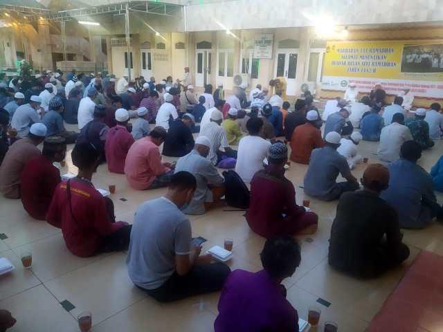 Buka bersama (bukber) yang biasanya dilakukan Masjid Raya Sabilal Muhtadin (2)