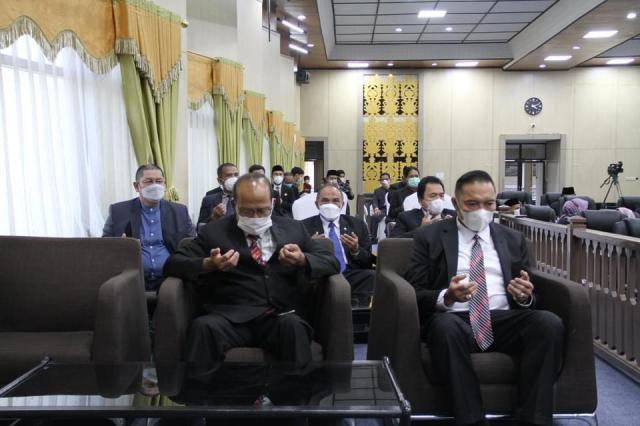 rapat Paripurna dengan agenda Penyampaian Rekomendasi DPRD Kota Banjarmasin terhadap Lkpj Walikota tahun 2020
