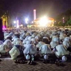 BOLEH BERIBADAH di Masjid dengan Tetap Berpegang pada Protokol Kesehatan