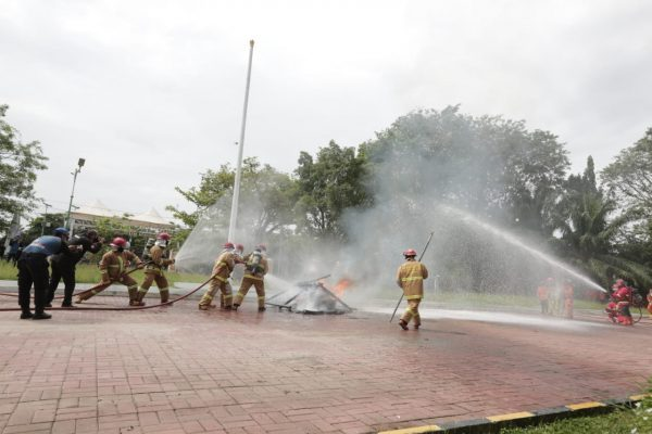 EVAKUASIMandiri Kebakaran Hutan dan Lahan