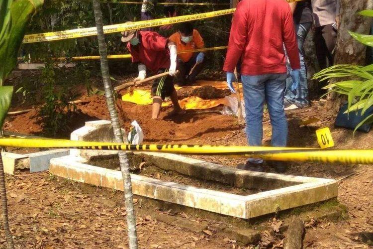CURIGA DIANIAYA Kuburan Bocah akan Dibongkar Polisi