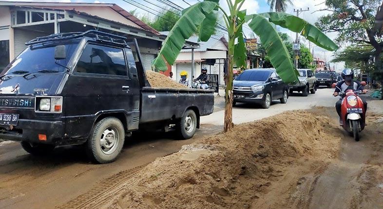 LELANG SELESAI, Jalan Cemara Ujung Segera Diperbaiki