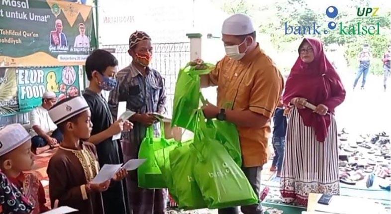 KHITANAN MASSAL di Ponpes Tahfidzul Quran RMA Banjarbaru Dibantu UPZ Bank Kalsel