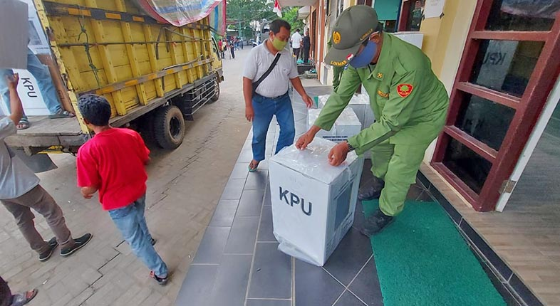 LOGISTIK PSU Pilgub Sudah Dipasok ke Banjarmasin Selatan