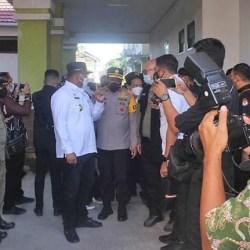 PJ GUBERNUR dan Pj Walikota Pantau TPS PSU Pilgub Kalsel