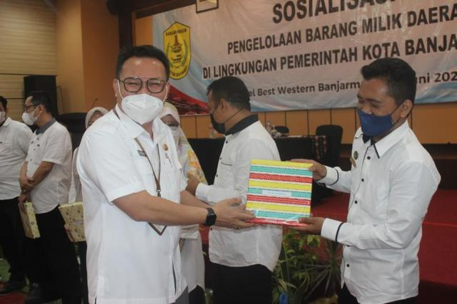 Sosialisasi Pengelolaan barang milik daerah di lingkungan Pemko Banjarmasin yang bertempat di Hotel Best Western Banjarmasin (2)