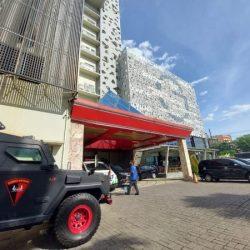 DIKERAHKAN PASUKAN Polda ke Lingkungan Hotel Amankan Pleno Rekapitulasi Hasil PSU Pilgub Tingkat Provinsi