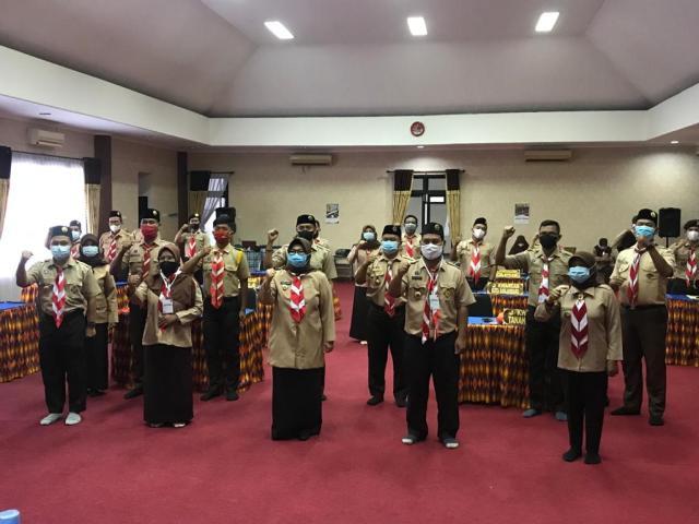 Hj Raudatul Jannah saat membuka workshop secara vertual yang diikuti seluruh pengurus Pramuka se Kalsel, di Gedung Pramuka Jalan Mulawarman Banjarmasin (3)