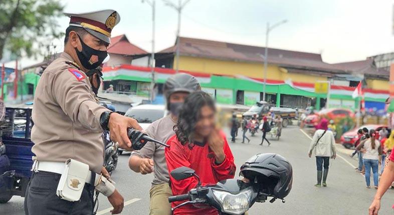 TEMBUS 300! KALSEL Sumbang 307 dari Sebaran Rekor 47.899 Kasus Baru COVID-19 di Indonesia