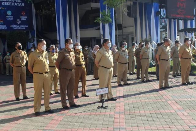 Upacara yang bertempat di Halaman Balaikota Banjarmasin (1)