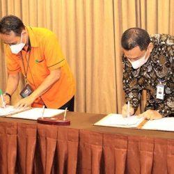 PERMUDAH NASABAH, Bank Kalsel Gandeng Pos Indonesia Jalin Kerjasama