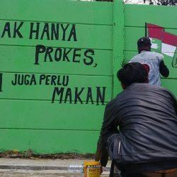 LUAPKAN KEKECEWAAN Lewat Mural 'Busung Lapar' di Tembok yang Sama
