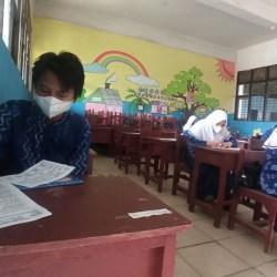 TERBATAS Gadget Siswa, Alasan Penilaian Tengah Semester Tatap Muka Digelar