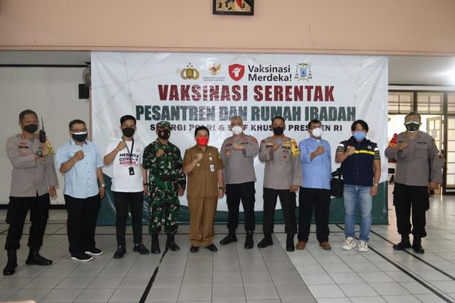 VAKSINASI MERDEKA Massal di Banjarmasin untuk Kejar Target 70 Persen (2)