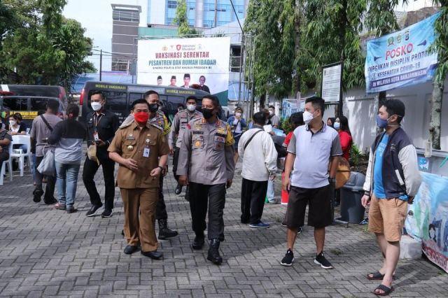 VAKSINASI MERDEKA Massal di Banjarmasin untuk Kejar Target 70 Persen (3)