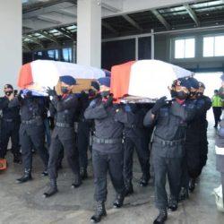 DUA JENAZAH Anggota Brimob Polda Kalsel Disambut Personel dengan Duka Mendalam