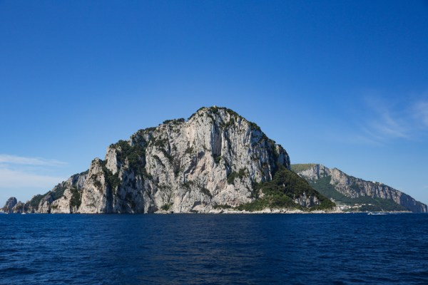 Chegando a Ilha de Capri
