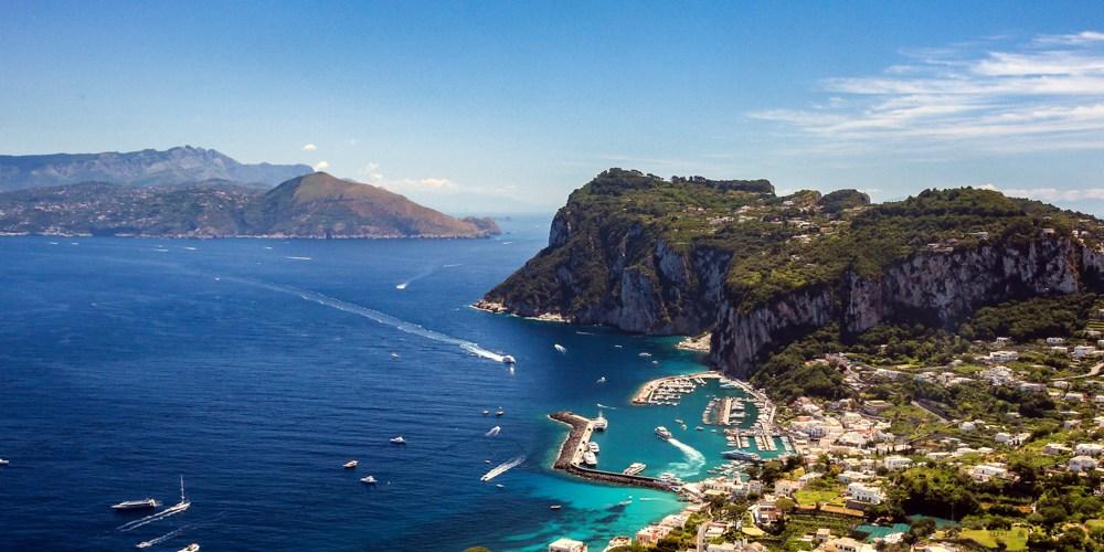 Vista do Porto de Capri