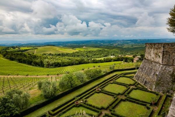 Vista desde Castelo de Ricassoli, umas das Vinícolas da Toscana