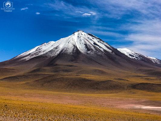 Vulcão Licancabur em Imagens do Deserto do Atacama