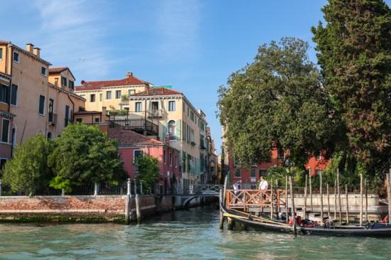 Canais em Veneza
