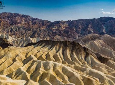Vista do Zabriskie Point no Parque Death Valley