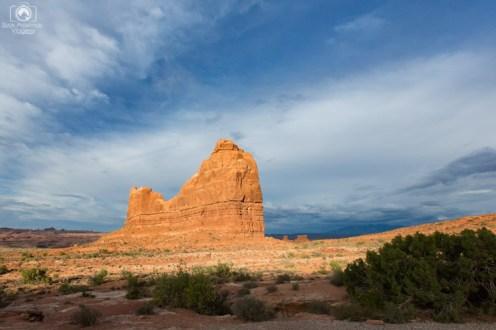 Formação Rochosa Imensa no Parque Arches