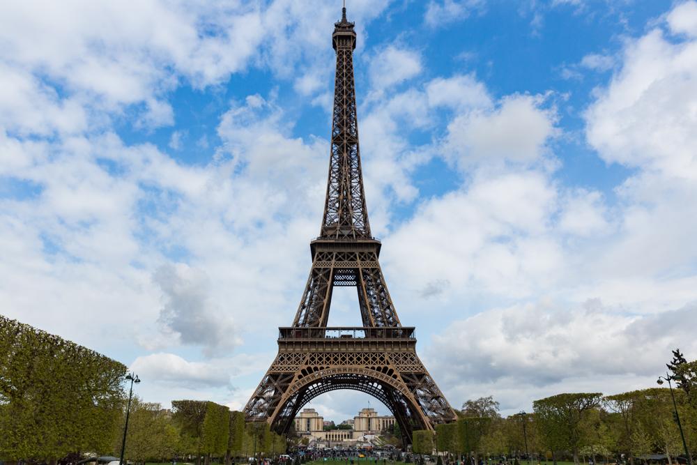 Vista da Torre Eiffel no período sabático