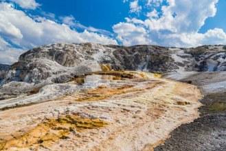 Mammoth Hot Springs em Yellowstone
