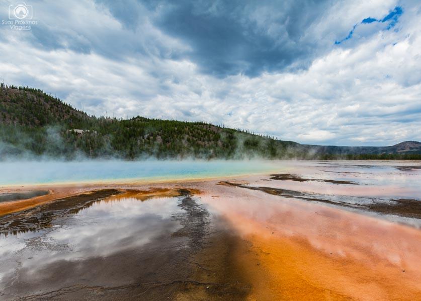 Fontes Termais Grand Prismatic Spring em Yellowstone National Park