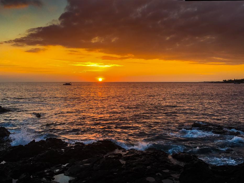 Pôr do Sol visto do Kona Resort no Havaí